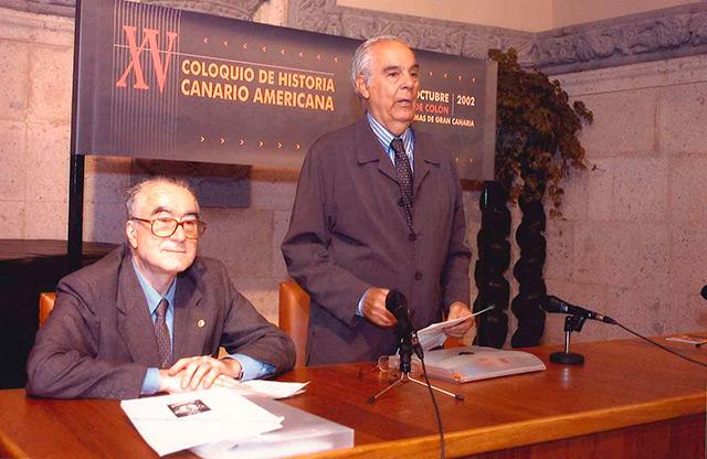 inauguración coloquio historia canario-americana 2002 Casa Colón